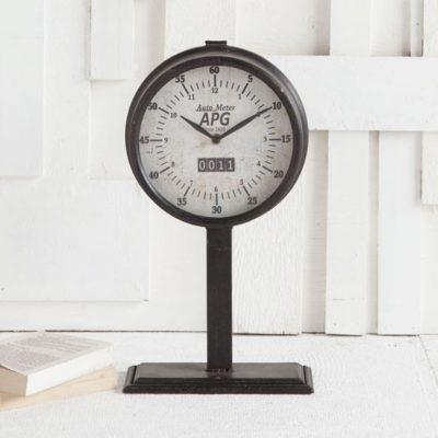 Attalack II Clock