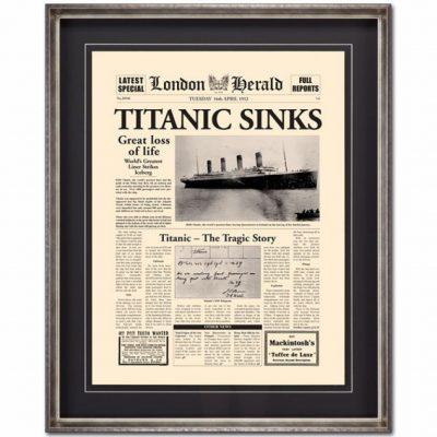 titantic sinks picture
